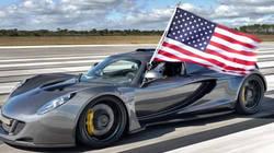 La Hennessey Venom GT, la voiture la plus rapide au monde a atteint les 435,31 km/h!  En savoir plus: http://www.chronofoot.com/record/la-hennessey-venom-gt-la-voiture-la-plus-rapide-au-monde-a-atteint-les-435-31-km-h_art43292.html Copyright © Gentside Sport