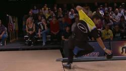 Le plus beau raté de l'Histoire du Bowling  En savoir plus: http://www.chronofoot.com/bowling/le-plus-beau-rate-de-l-039-histoire-du-bowling_art43442.html Copyright © Gentside Sport