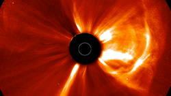Une violente tempête solaire a failli causer le chaos sur Terre  En savoir plus: http://www.maxisciences.com/%e9ruption-solaire/une-violente-tempete-solaire-a-failli-causer-le-chaos-sur-terre_art32212.html Copyright © Gentside Découverte