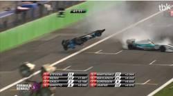 L'énorme crash de Marco Sorensen en Formule Renault  En savoir plus: http://www.chronofoot.com/crash/l-039-enorme-crash-de-marco-sorensen-en-formule-renault_art43997.html Copyright © Gentside Sport