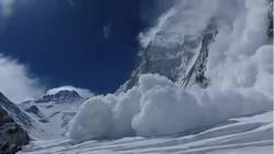 Découvrez les images de l'avalanche la plus meurtrière jamais survenue sur l'Everest