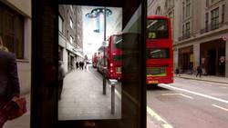 Cet arrêt de bus est le plus flippant du monde !  En savoir plus: http://www.gentside.com/r%e9alit%e9-augment%e9e/cet-arret-de-bus-est-le-plus-flippant-du-monde_art60222.html Copyright © Gentside