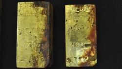 Un trésor de 27 kilos d'or remonté d'une épave du XIXe siècle  En savoir plus: http://www.maxisciences.com/%e9pave/un-tresor-de-27-kilos-d-039-or-remonte-d-039-une-epave-du-xixe-siecle_art32540.html Copyright © Gentside Découverte